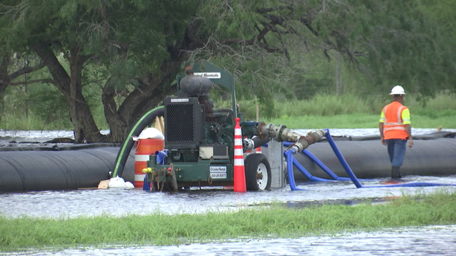 txdot crews working nonstop to eliminate flooding